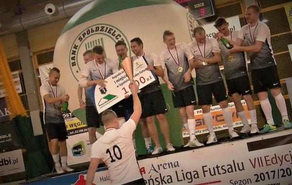 Zakończenie ligi futsalu (video)
