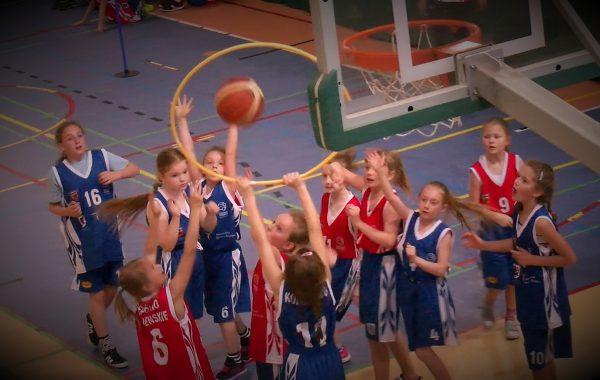 Wojewódzki turniej koszykówki (video)