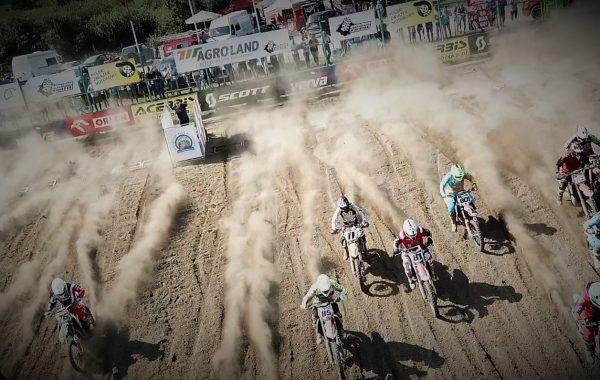 Motocross z lotu ptaka (video)