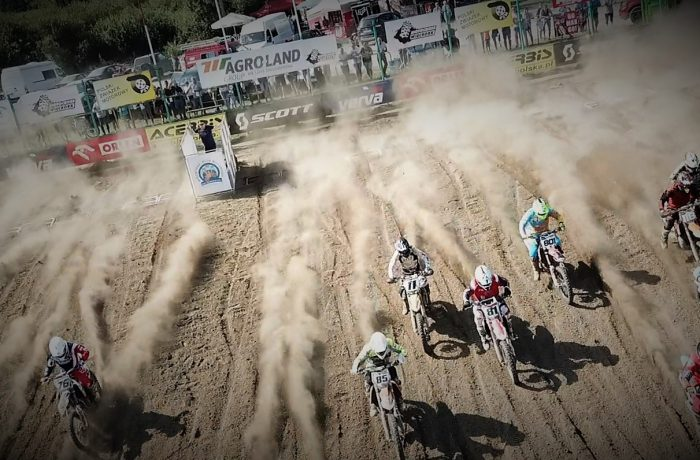 Motocross z lotu ptaka (video)