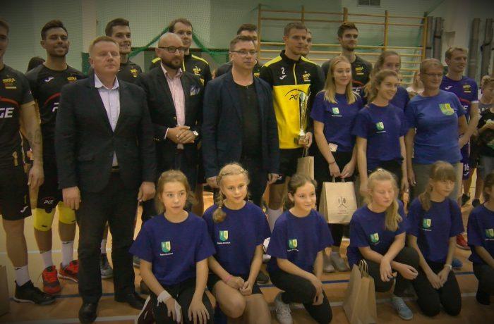 Turniej siatkówki w Gostycynie (video)