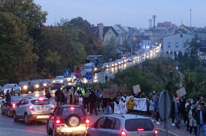 Strajk kobiet w Sępólnie (video)